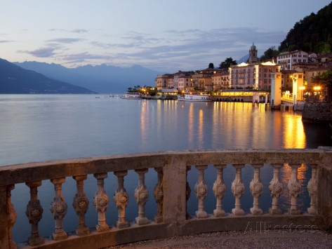frank-fell-promenade-and-lake-at-dusk-bellagio-lake-como-lombardy-italian-lakes-italy-europe