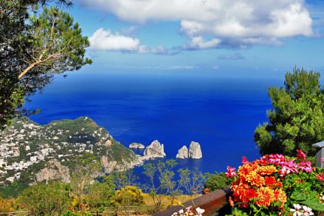 maugli-l-stunning-capri-island-bella-italia-series