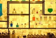 perfume-display