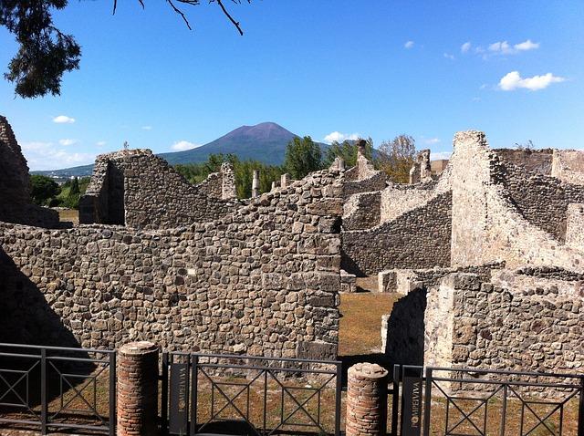 pompeii, vesuvius, culture